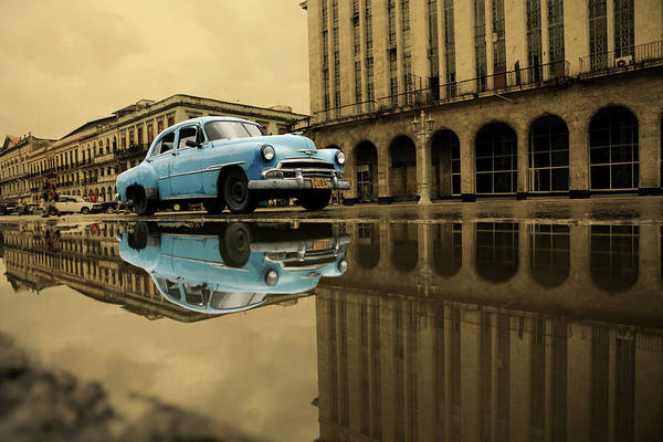 Arch Art Print featuring the photograph Old Blue Car In Havana by 1001nights