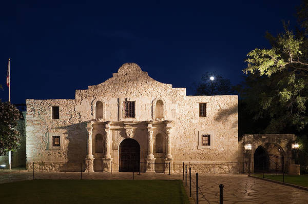 Outdoors Art Print featuring the photograph The Alamo, San Antonio Texas With Full by Dhughes9
