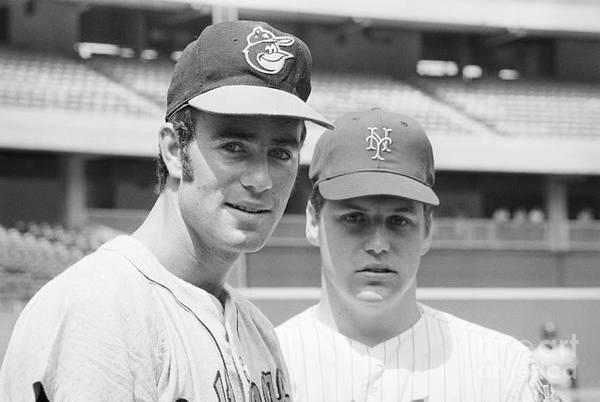 Tom Seaver Art Print featuring the photograph Tom Seaver And Jim Palmer At Baseball by Bettmann