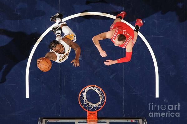 Nba Pro Basketball Art Print featuring the photograph Rakeem Christmas by Ron Hoskins