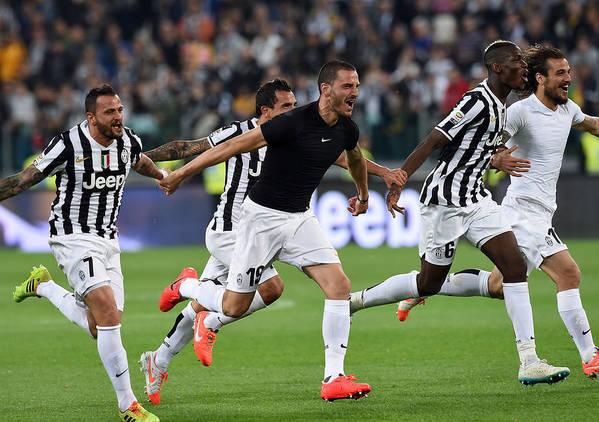 Celebration Art Print featuring the photograph Juventus v Atalanta BC - Serie A by Giuseppe Bellini