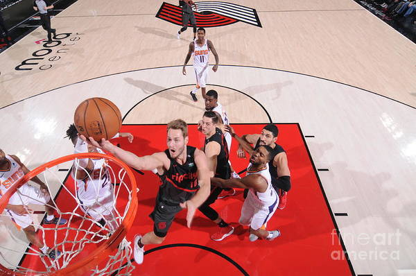 Meyers Leonard Art Print featuring the photograph Meyers Leonard by Sam Forencich