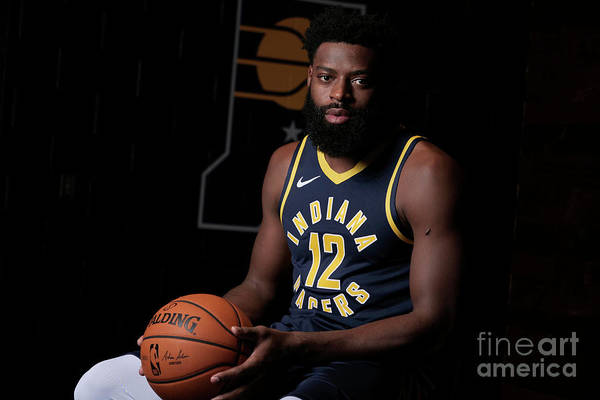 Media Day Art Print featuring the photograph Tyreke Evans by Ron Hoskins