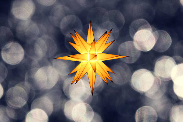 Star Of Bethlehem Art Print featuring the photograph Christmas Atmosphere by Bernd Schunack