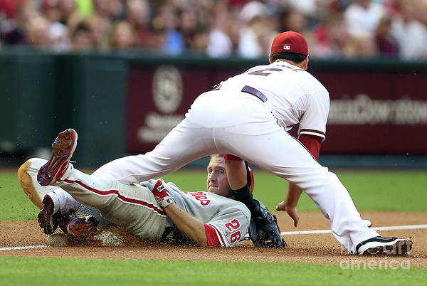 Eric Chavez Art Print featuring the photograph Eric Chavez and Chase Utley by Christian Petersen