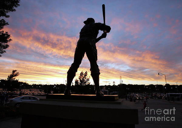 People Art Print featuring the photograph Hank Aaron by Icon Sports Wire