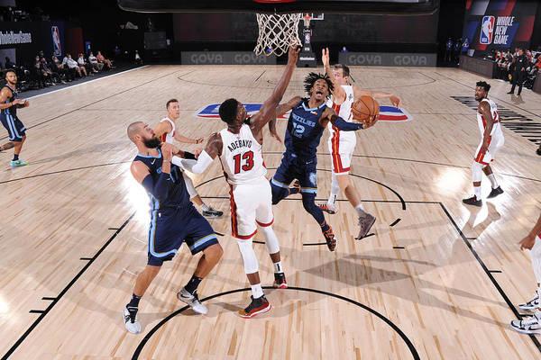 Nba Pro Basketball Art Print featuring the photograph Memphis Grizzlies v Miami Heat by David Dow