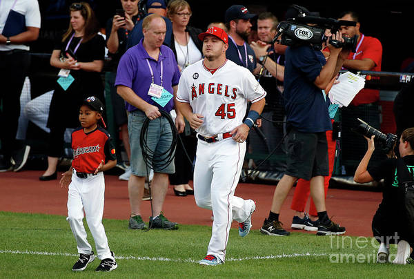 People Art Print featuring the photograph Mike Trout by Kirk Irwin