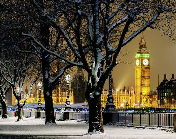 Tranquility Art Print featuring the photograph Big Ben And Houses Of Parliament In Snow by Shomos Uddin