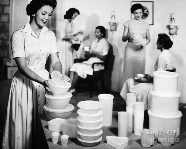 1950s Art Print featuring the photograph TUPPERWARE PARTY, 1950s by Granger