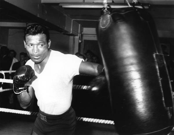 Event Art Print featuring the photograph 1962 Boxing by Hulton Archive