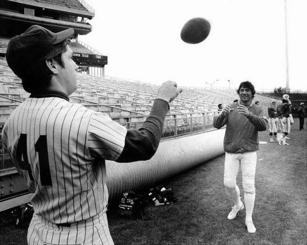 American League Baseball Art Print featuring the photograph Mets Tom Seaver Warms Up Jets Joe by New York Daily News Archive