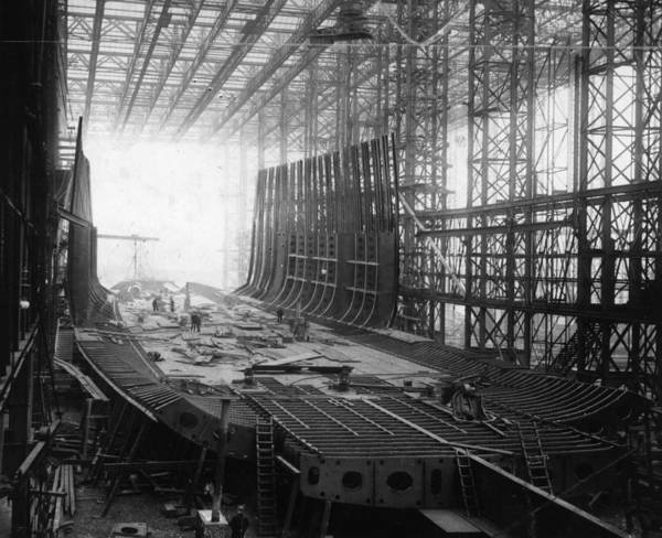 1910-1919 Art Print featuring the photograph Shipbuilding by General Photographic Agency