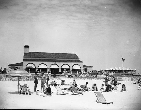 1950-1959 Art Print featuring the photograph View Of Southampton Beach Club With by Bert Morgan