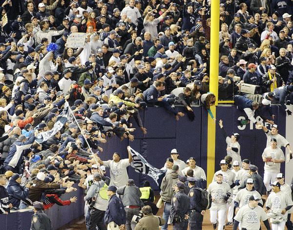 People Art Print featuring the photograph Yankees Fans Reach Out To Touch by New York Daily News Archive