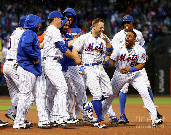 Yoenis Cespedes Art Print featuring the photograph Yoenis Cespedes and David Wright by Elsa