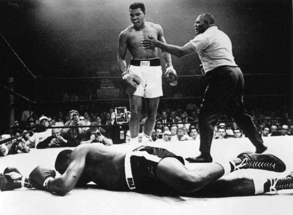 Heavyweight Art Print featuring the photograph Clay V Liston by Hulton Archive