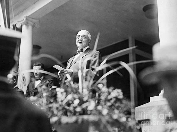 People Art Print featuring the photograph Warren Harding Giving Speech by Bettmann