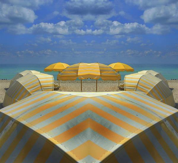 Tranquility Art Print featuring the photograph Miami Mirror Beach by Elido Turco Photographer