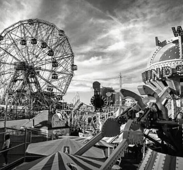 Coney Island Art Print featuring the photograph Coney Island Wonder Wheel by Bellino