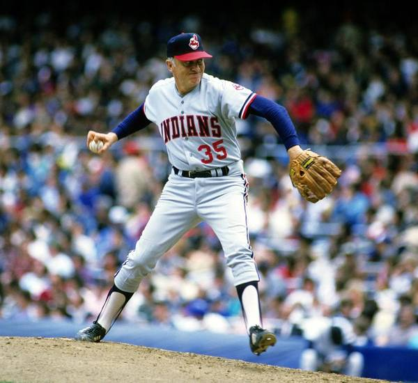 1980-1989 Art Print featuring the photograph Phil Niekro by Ronald C. Modra/sports Imagery