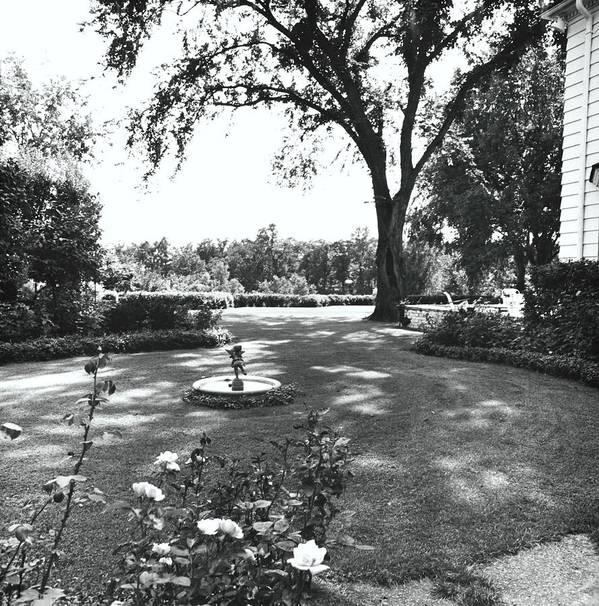 Wayzata Art Print featuring the photograph Garden With Fountain by Ralph Bailey