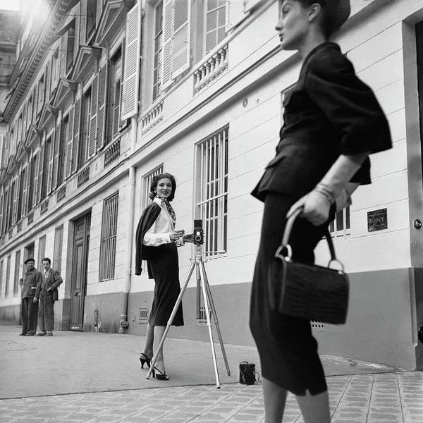 Fashion Art Print featuring the photograph Suzy Parker Photographing A Model In Front by Jacques Boucher