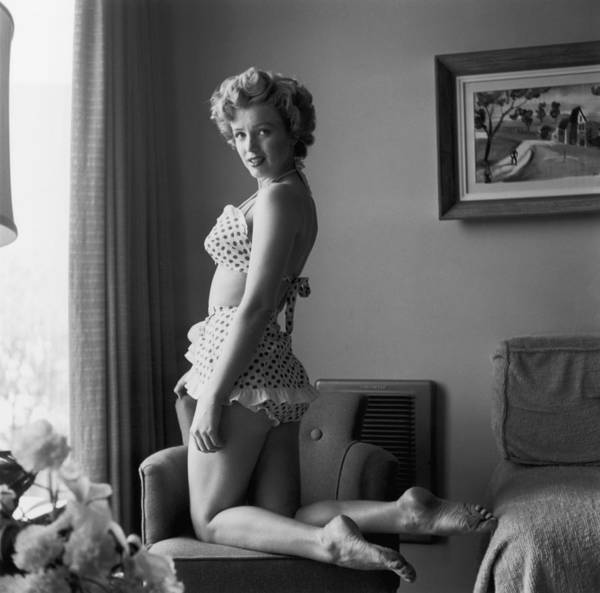 People Art Print featuring the photograph Bikini Babe by Hulton Archive