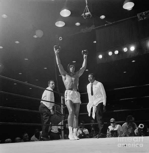 Human Arm Art Print featuring the photograph Heavyweight Champion Muhammad Ali by Bettmann