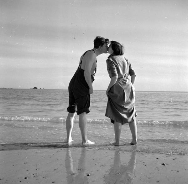 1950-1959 Art Print featuring the photograph Honeymoon Kiss by Haywood Magee
