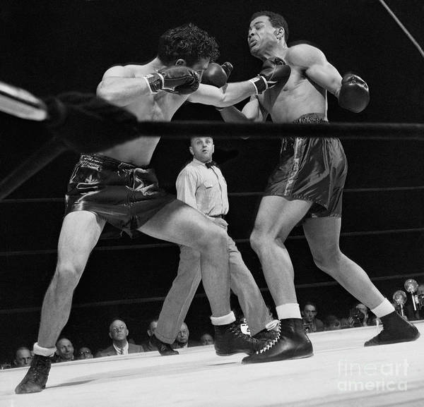 Mature Adult Art Print featuring the photograph Joe Louis And Billy Conn In Boxing Match by Bettmann