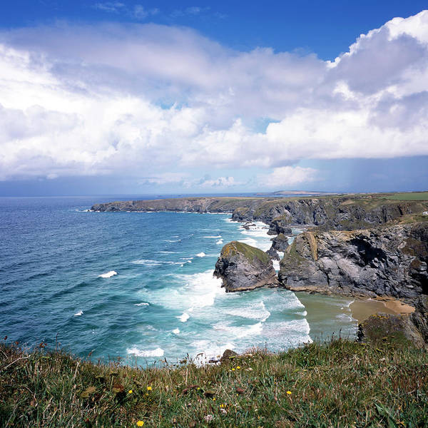 Water's Edge Art Print featuring the photograph Picturesque Cornwall - Bedruthan by Chrisat