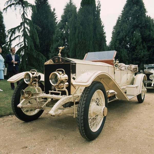 Rolls Royce Art Print featuring the photograph Rolls Royce by Graham French