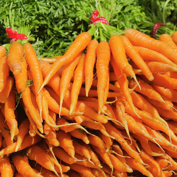 Large Group Of Objects Art Print featuring the photograph Usa, New York City, Carrots For Sale by Tetra Images