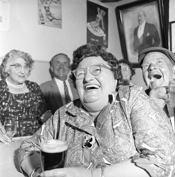 People Art Print featuring the photograph Viewers In Devon by Bert Hardy Advertising Archive