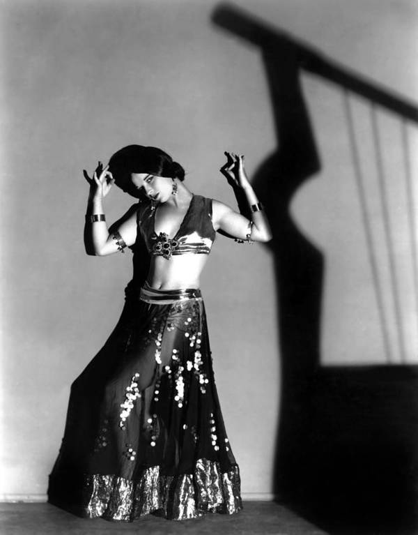 1920s Portraits Print featuring the photograph Louise Brooks As A Denishawn Dancer by Everett