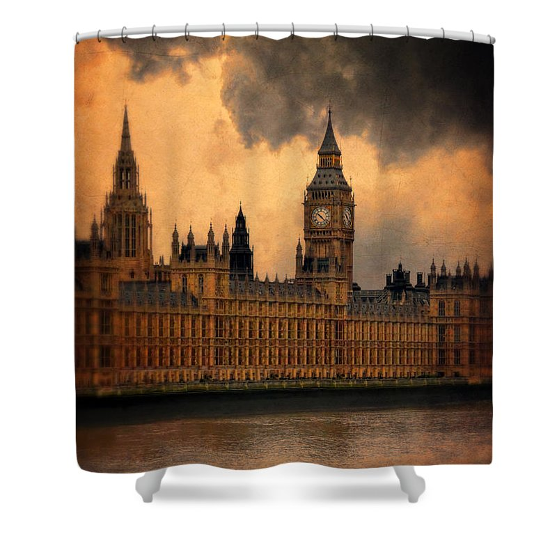 Big Ben Shower Curtain featuring the photograph Big Ben by Jill Battaglia