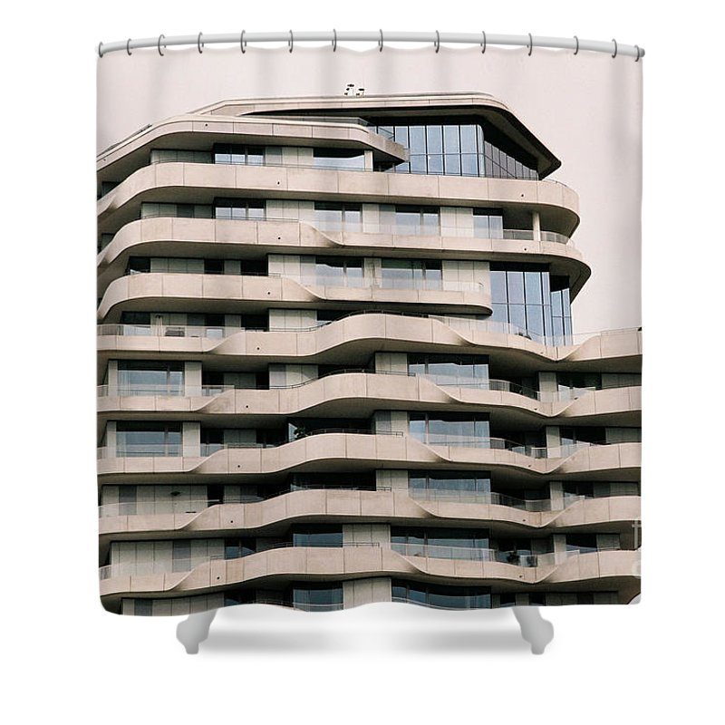 Architectural Shower Curtain featuring the photograph Marco Polo Tower Hamburg Hafencity by Jannis Werner