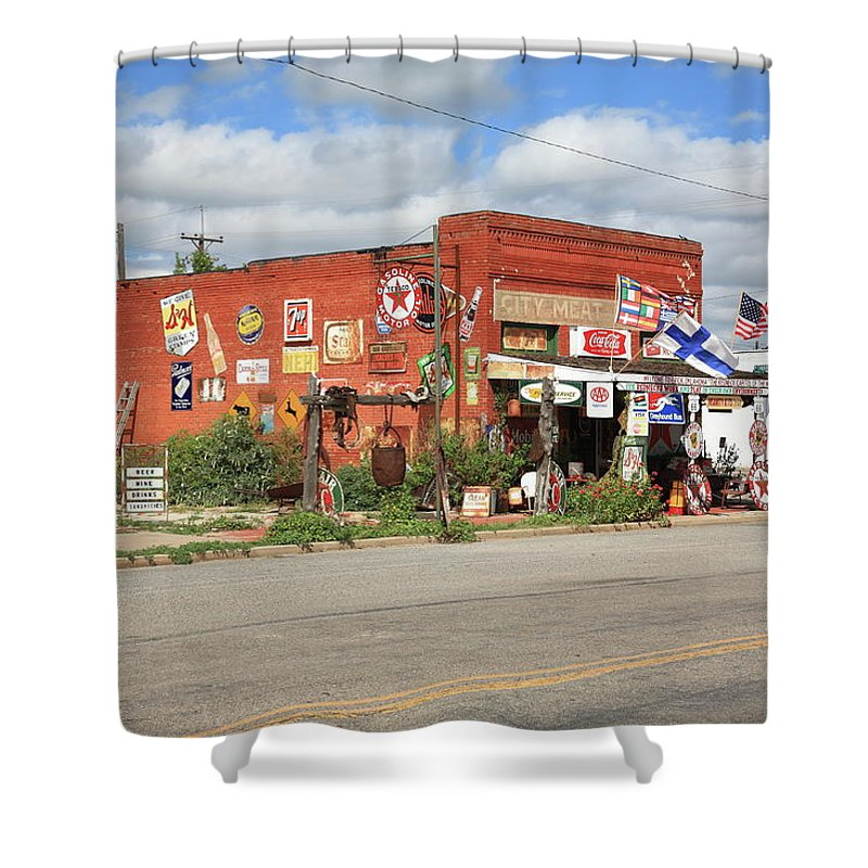 66 Shower Curtain featuring the photograph Route 66 - Sandhills Curiosity Shop by Frank Romeo