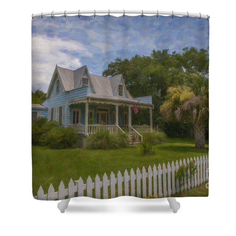Sullivan's Island Shower Curtain featuring the photograph Sullivan's Island House by Dale Powell