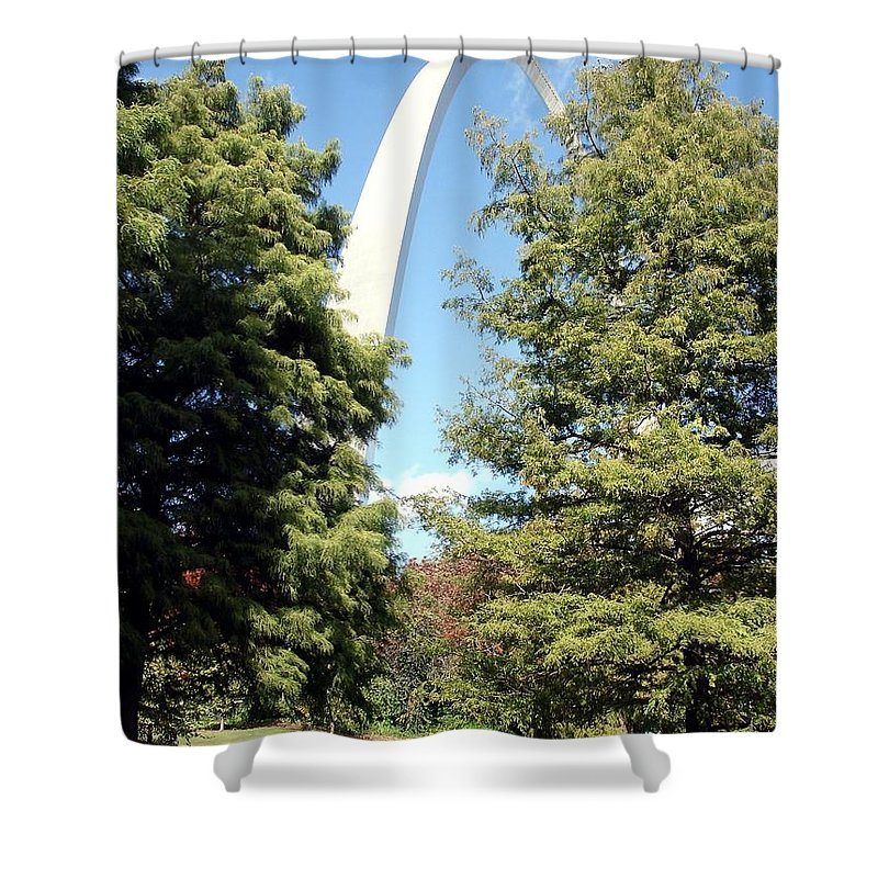 Saint Louis Arch Shower Curtain featuring the photograph Arch To The Sky by Kenny Glover
