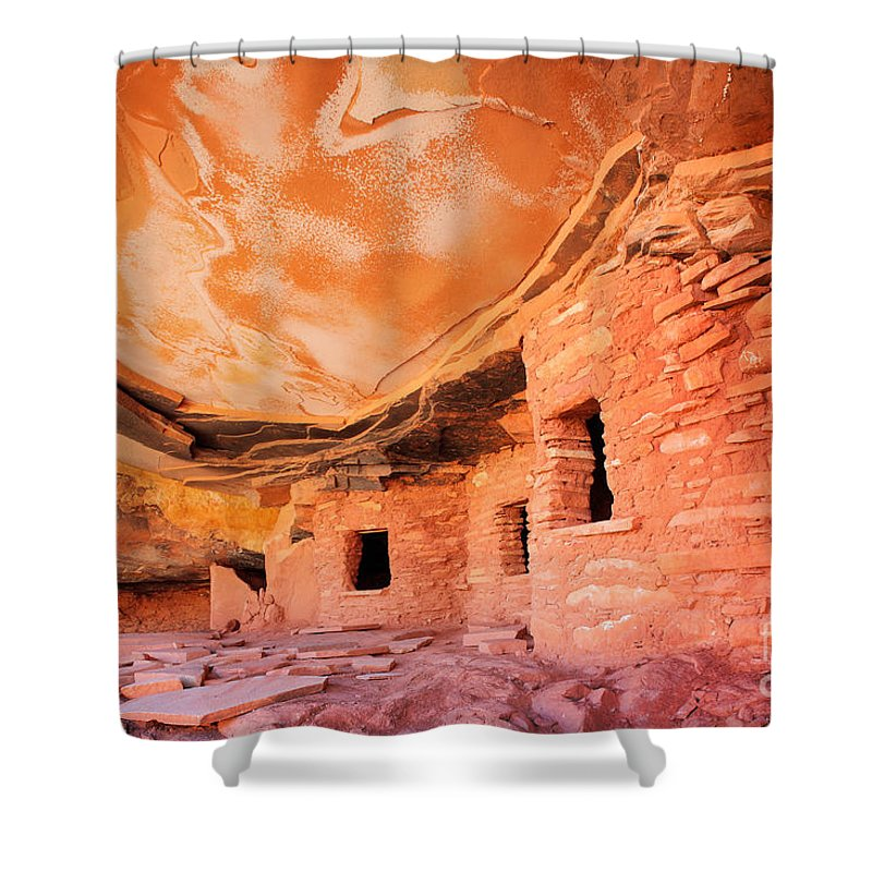 America Shower Curtain featuring the photograph Canyon Ruins by Inge Johnsson
