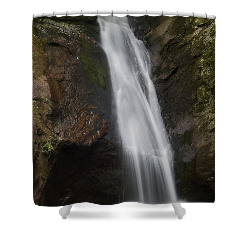 Waterfall Shower Curtain featuring the photograph Courthouse Falls North Carolina by Charles Beeler