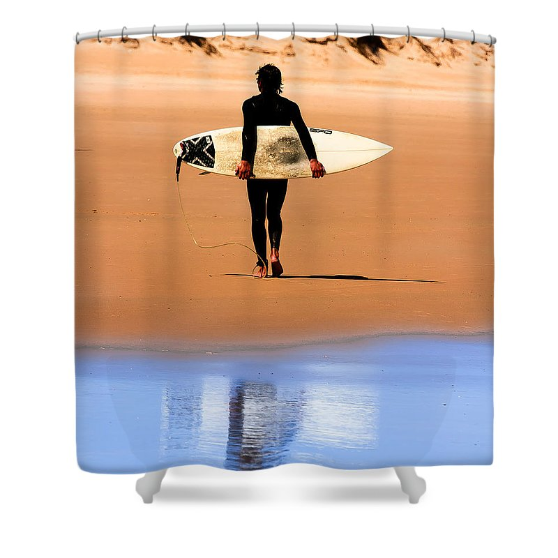 Surfing Shower Curtain featuring the photograph Everything Alright by Edgar Laureano