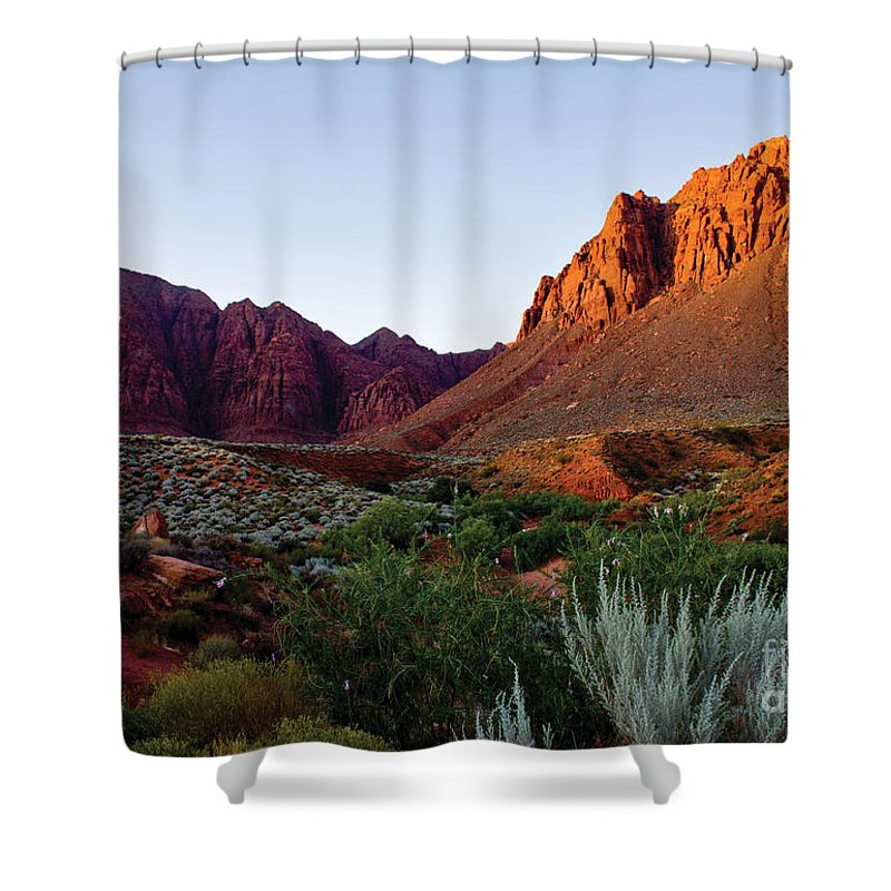 Red-rock Shower Curtain featuring the photograph Red Rock Glory by Kim Marshall