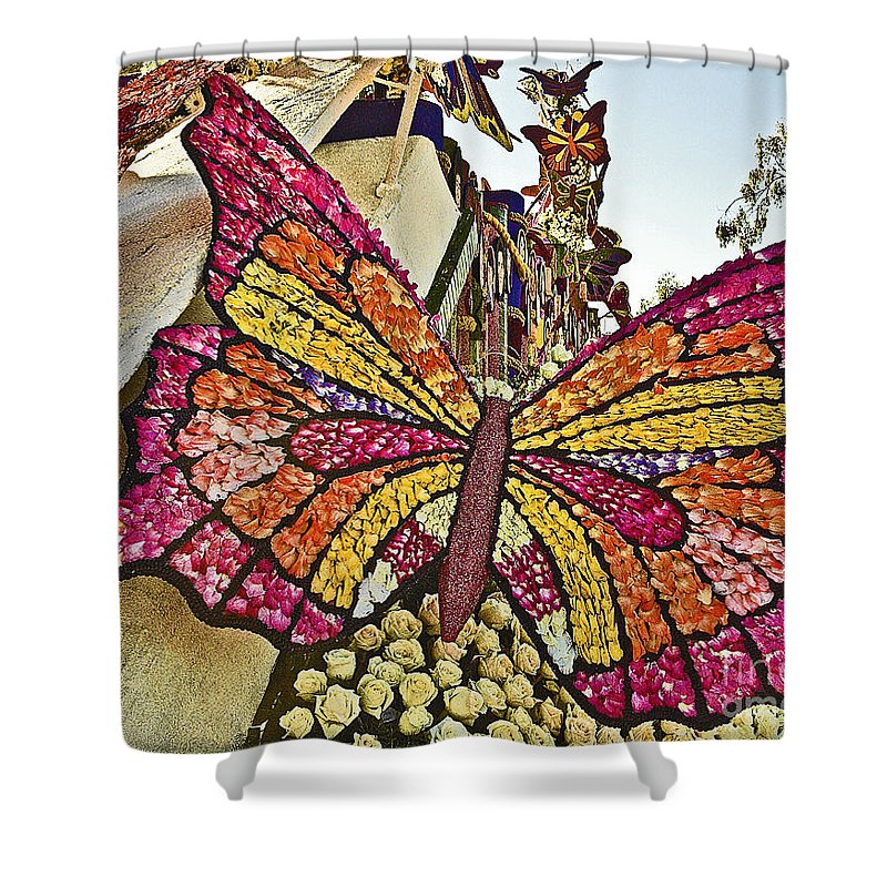2015 Rose Parade Shower Curtain featuring the photograph 2015 Rose Parade Float With Butterflies 15rp043 by Howard Stapleton