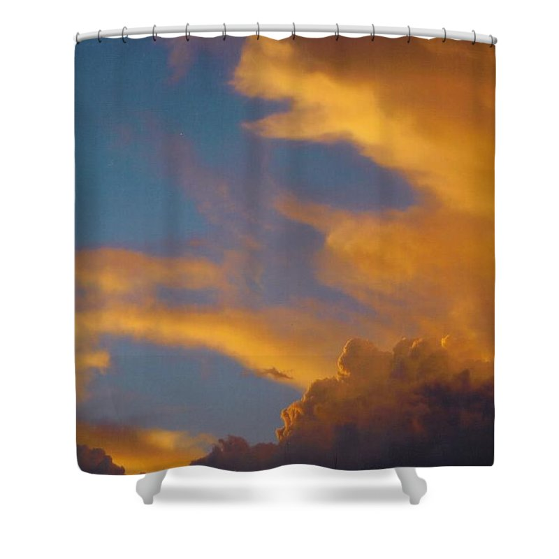 Rain Clouds Building Shower Curtain featuring the photograph Sky Scape by Robert Floyd