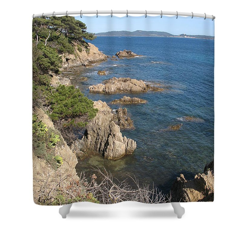 Peninsula Shower Curtain featuring the photograph Peninsula Gien by Christiane Schulze Art And Photography