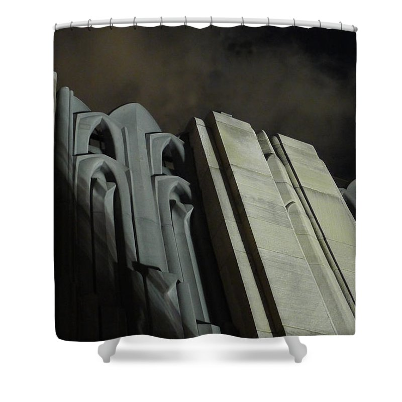 30 Rock Shower Curtain featuring the photograph 30 Rock Gothic 1 by Richard Reeve