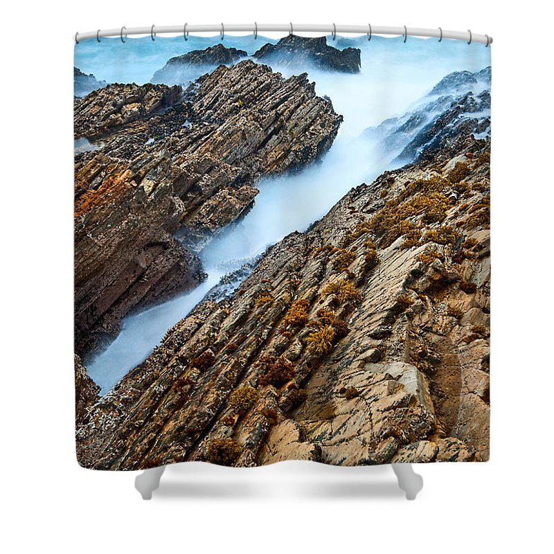 Montana De Oro Shower Curtain featuring the photograph The Jagged Rocks And Cliffs Of Montana De Oro State Park In California by Jamie Pham